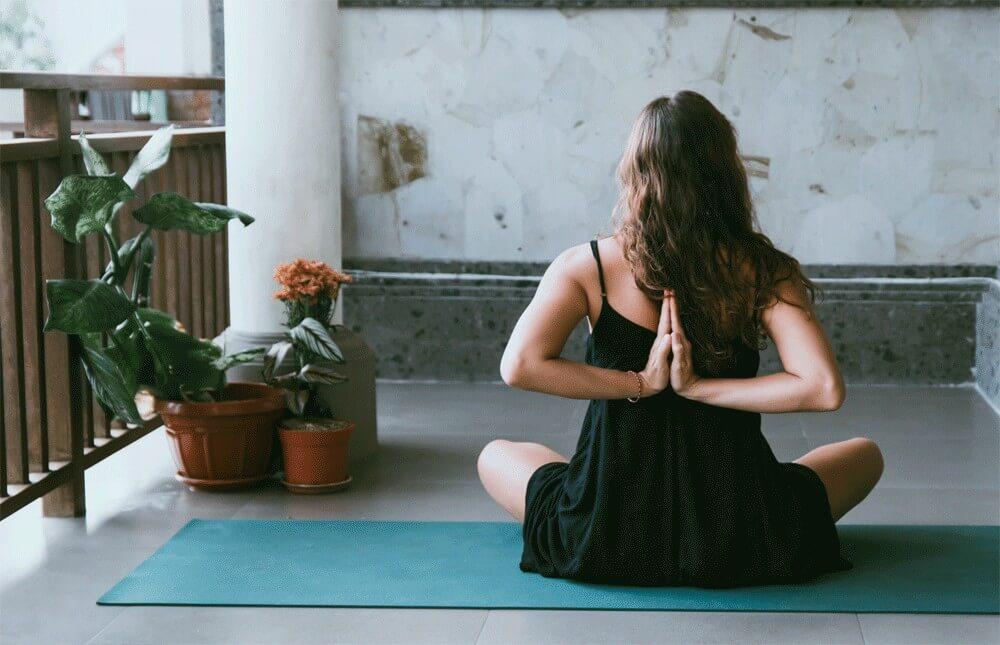10 Amazing Benefits Of Vinyasa Yoga 2020
