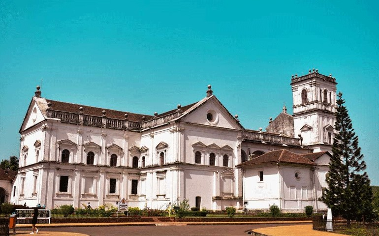 Se-Cathedra-Best-Places-to-Visit-in-South-Goa