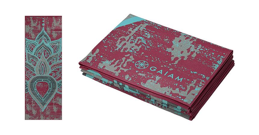 Gaiam foldable travel yoga mat